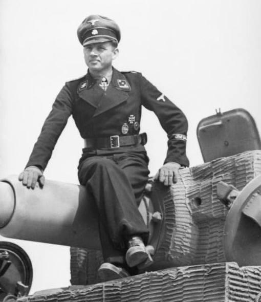 Wittmann należał do kompanii Leibstandarte SS Adolf Hitler - gwardii przybocznej Führera