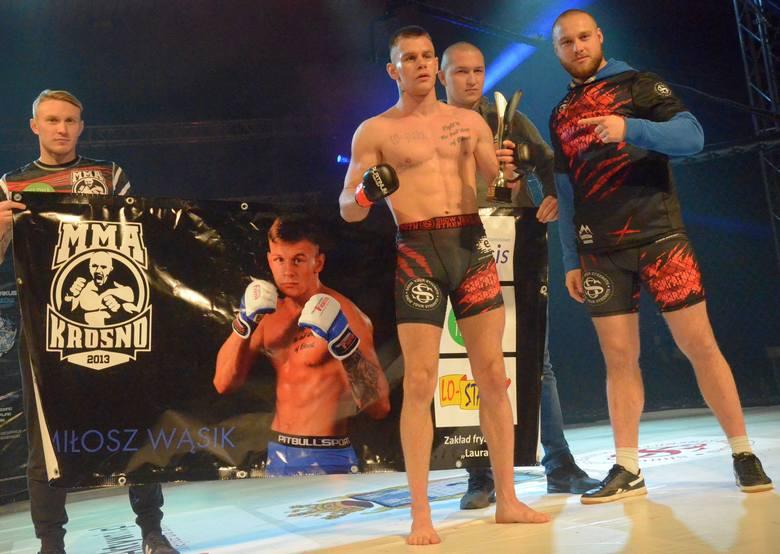 Podczas gali Carpathian Warriors 7 w Jaroslawiu odbywały się walki w MMA, K1 i boksie.