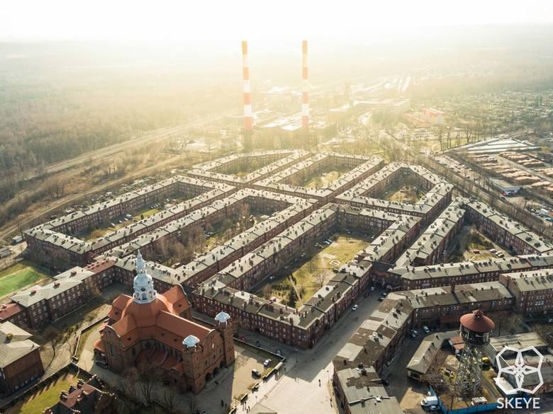 Katowice są piękne! Macie wątpliwości? No to zobaczcie Nikiszowiec okiem drona Skeye. Zdjęcia z lotu ptaka są wspaniałe.Zdjęcia dzięki uprzejmości S
