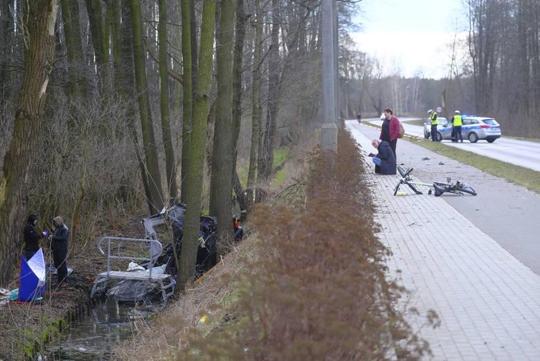 13. ULICA NIESZAWSKAUlica Nieszawska: 1 wypadek, 8 kolizji. W kwietniu 24-latek bez uprawnień, pędząc z nadmierną prędkością BMW, wyleciał z drogi i