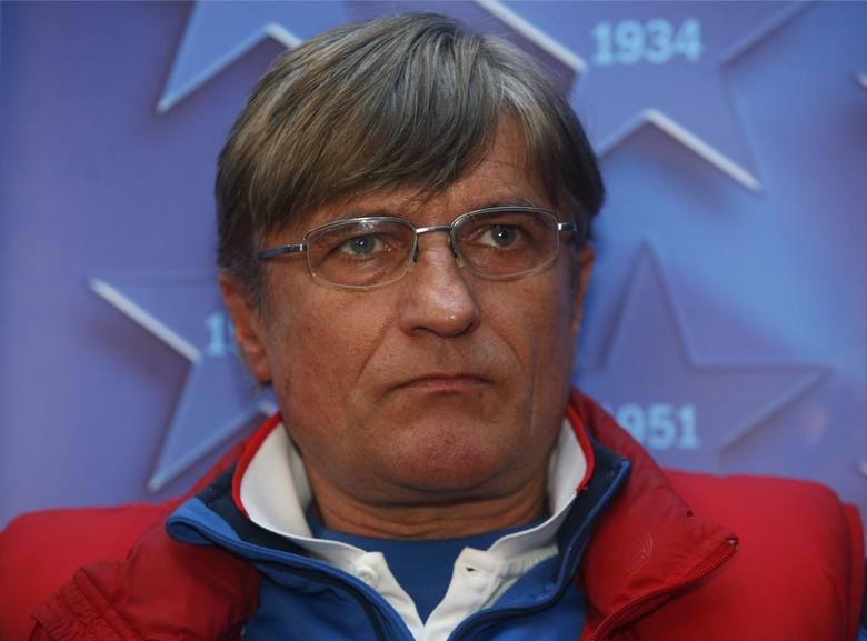 Nawałka regularnie otrzymywał powołania do reprezentacji Polski. W kadrze zagrał 34 razy. By jednym z podstawowych zawodników podczas mistrzostw świata