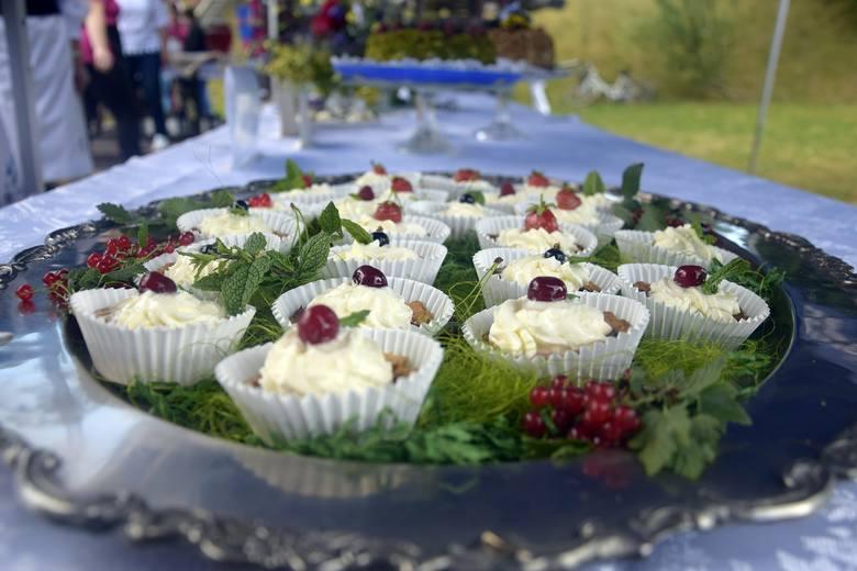 W Trzebiatkowej odbył się, już po raz szósty, Festiwal Smaków Regionalnych. Tym razem królowały owoce sezonowe. Na słodko i wytrawnie. Konkursowi kulinarnemu
