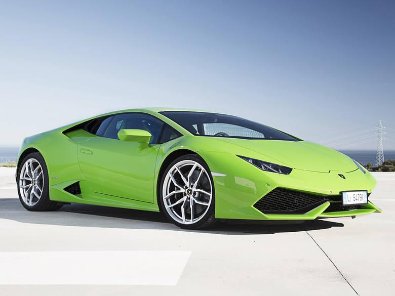 Nadwozie: coupeSilnik: benzyna 5,2Moc: 610 KMLiczba drzwi: 2Wyposażenie: ABS, 6 pp, klim, ESP Cena: 1001203 zł