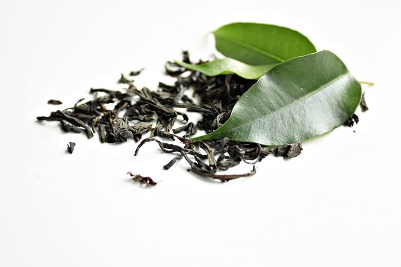 Zielona herbata to jedna z odmian herbaty chińskiej, która najskuteczniej wspomaga spalanie tłuszczu w organizmie