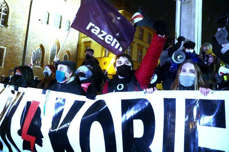 Protest Strajku Kobiet we Wrocławiu 5.02.2021