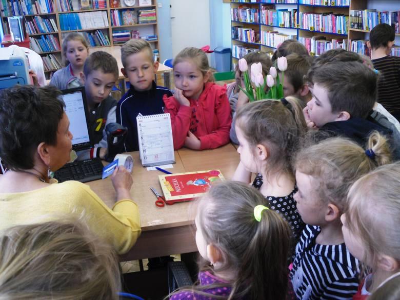 """W zajęciach wzięły udział dzieci z Przedszkola """"Donald"""" w Nakle oraz """"Motylki"""", """"Elfiki"""" i """"Misiaczki"""" z Przedszkola """"Wesoła Piątka"""". Maluchy uzyskały"""