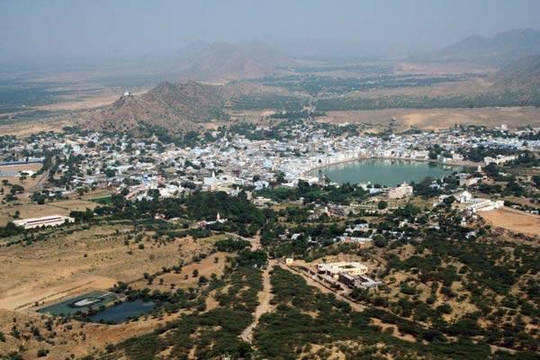 Podróz po Indiach<br /> Świete miasto Puszkar, Radzastan.