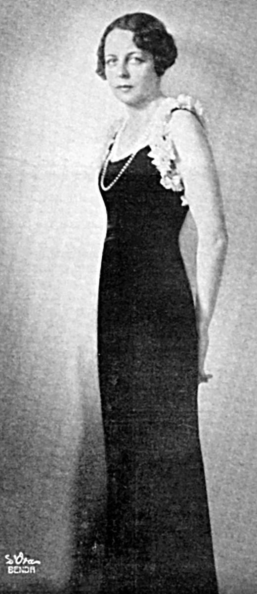 Alda von Strachwitz, pierwsza żona hrabiego Hyacintha.