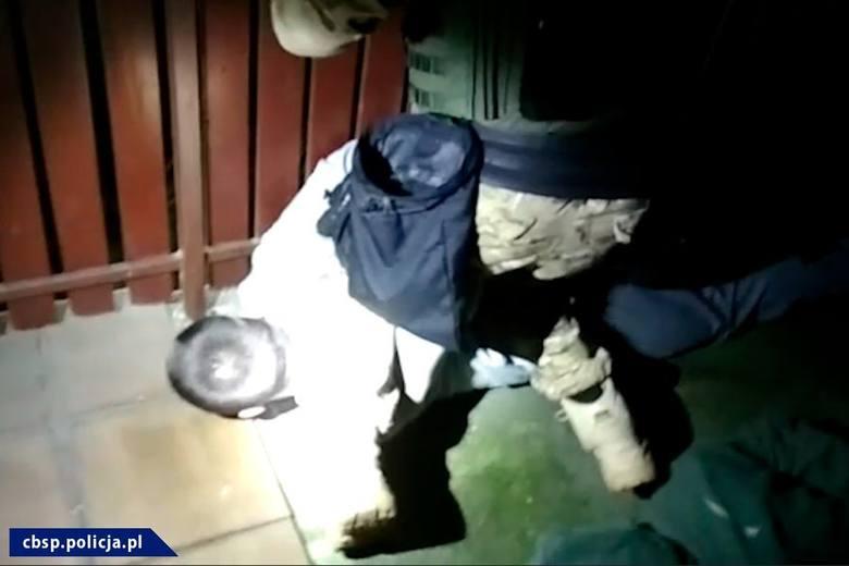 Policjanci z radomskiego Centralnego Biura Śledczego policji zatrzymali dilerów narkotykowych działających przede wszystkim w Radomiu, ale też w innych