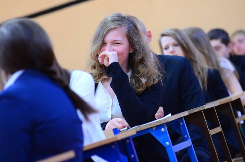 Egzamin gimnazjalny 2014 składa się z sześciu testów