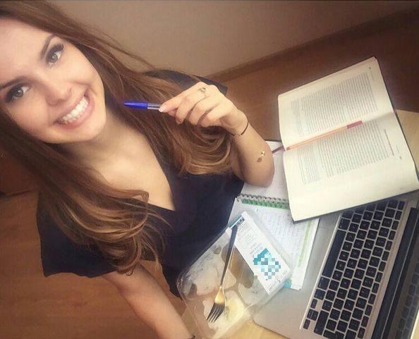 Magdalena Bieńkowska, Miss Polski 2015, bardzo chętnie korzysta z portali społecznościowych. Jej Instagrama obserwuje ponad 9 tysięcy internautów. I