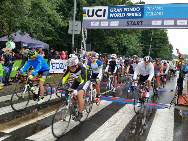 Tak wyglądał wyścig Skoda Bike Challenge 2017. Również wtedy rowerzyści zmierzyli się na kilku dystansach, w tym najdłuższym - 120 kilometrowym.