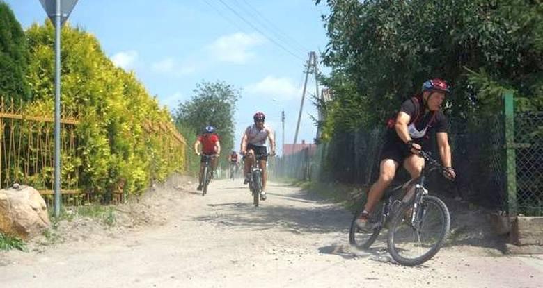 Zawodnicy pokonają łącznie ponad 16km rowerem, kajakiem i w biegu na przełaj
