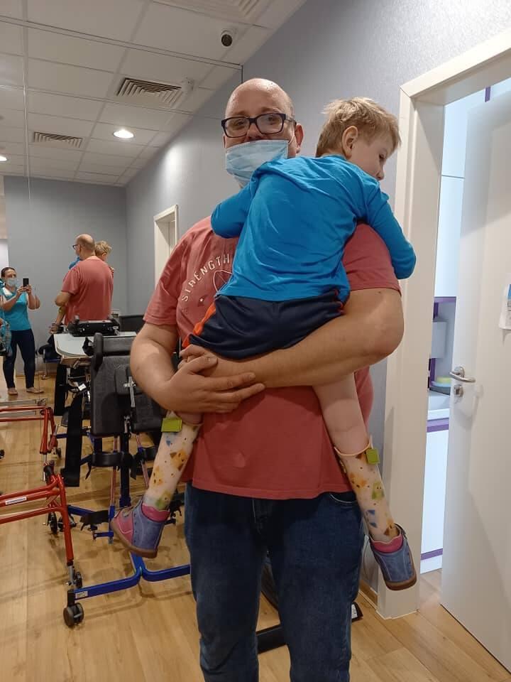 6-letni Franek Gogol z Białegostoku walczy o zdrowie z pomocą kochających rodziców.