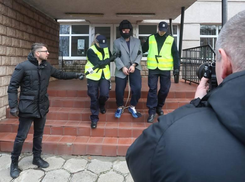 Nożownik w Szczecinie. Zaatakował w Galaxy. Nie żyje jedna osoba [ZDJĘCIA, WIDEO]