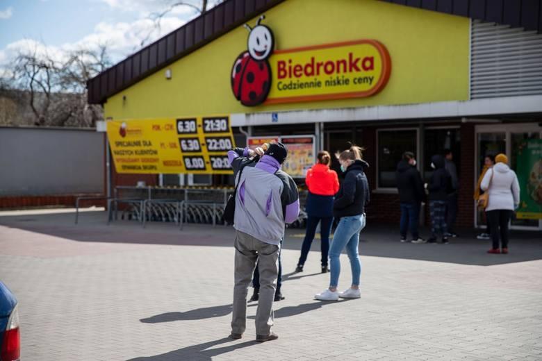 Nowa akcja Biedronki. Jak dostać 15 zł na zakupy? [zasady]