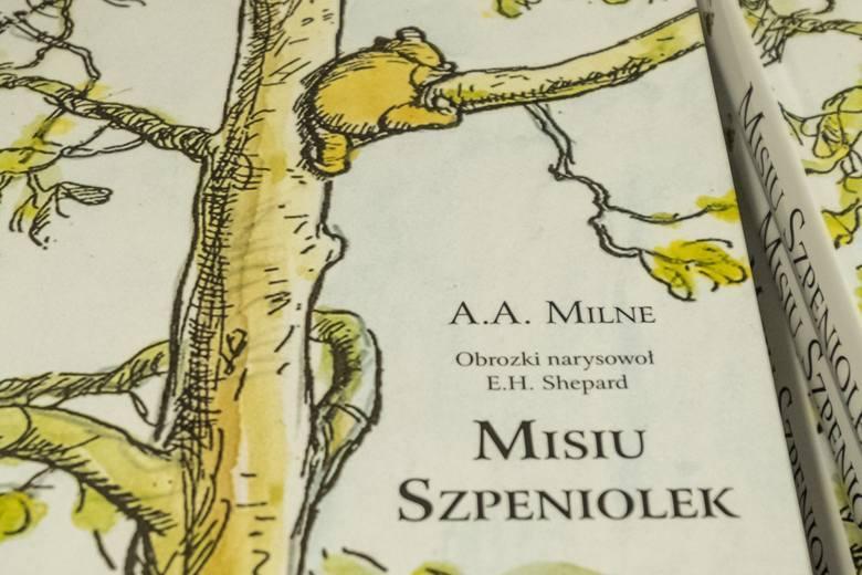"""Juliusz Kubel opowiada, jak powstał """"Misiu Szpeniolek"""", czyli tłumaczenie """"Kubusia Puchatka"""" na gwarę poznańską"""