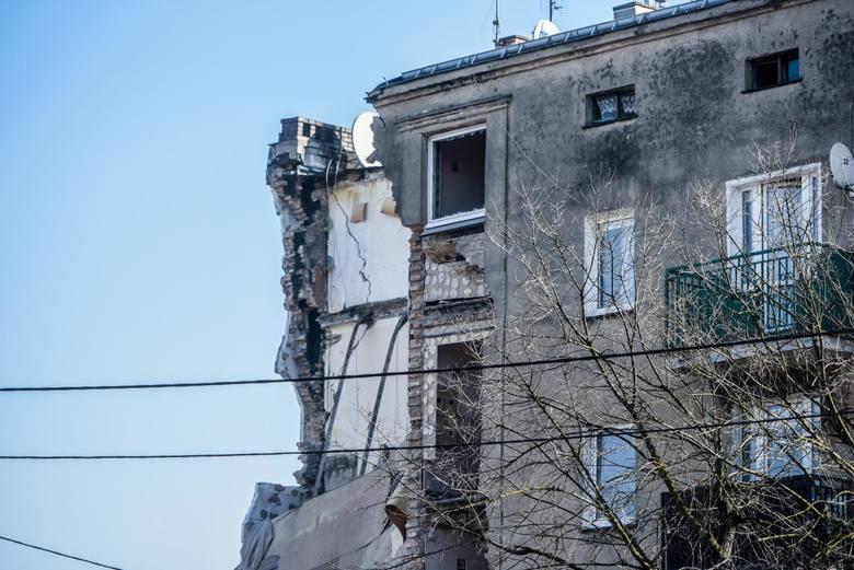 Nadal trudno jest ocenić dokładny stan budynku.