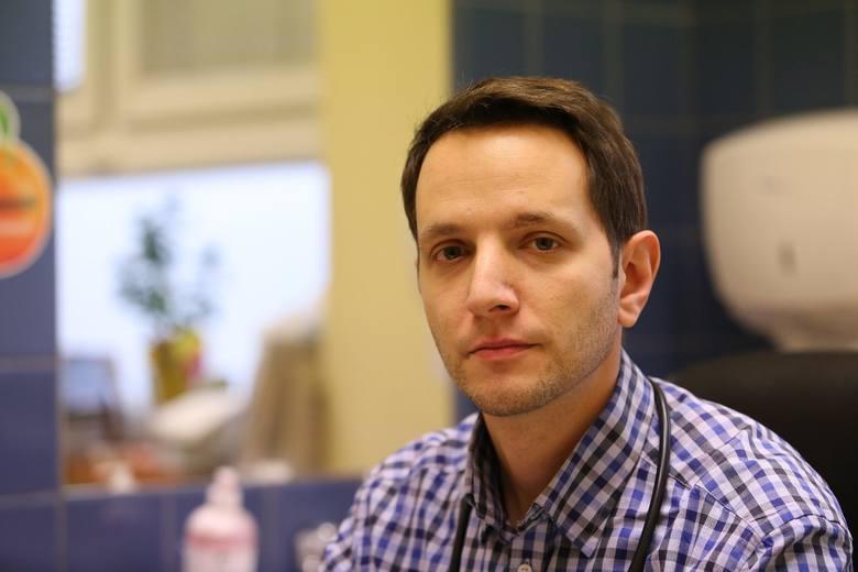 """Koronawirus w Polsce. Dr Dawid Ciemięga z Tychów: """"Koronawirus to taki trailer. Prawdziwa katastrofa dopiero nadejdzie"""""""