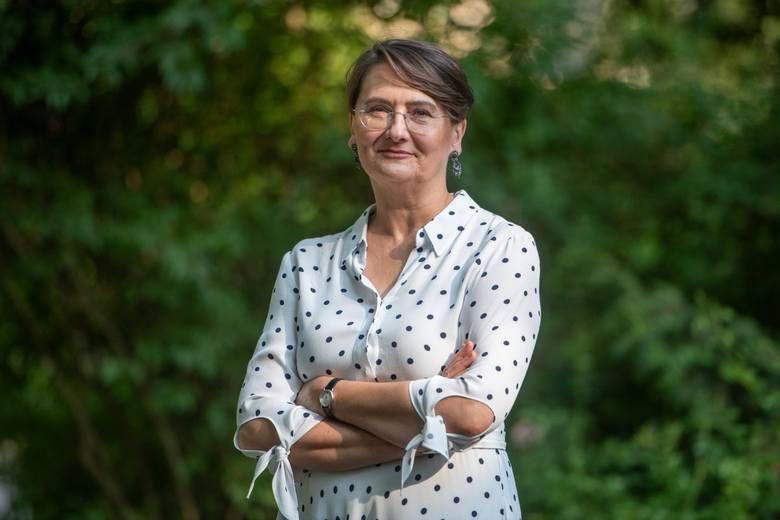 """- Myślę, że wystarczającym rozwiązaniem byłyby związki partnerskie. W większości dotyczyć będą i tak par heteroseksualnych, a nie homoseksualnych - tłumaczy w rozmowie z """"Głosem"""" Joanna Jaśkowiak, liderka poznańskiej listy Koalicji Obywatelskiej do Sejmu."""