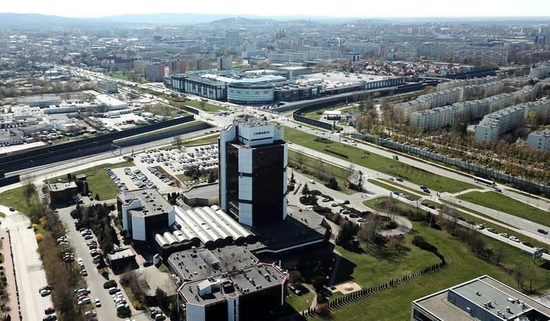"""Dwa wieżowce mają powstać w miejscu, gdzie obecnie znajduje się parking """"Exbudu"""""""