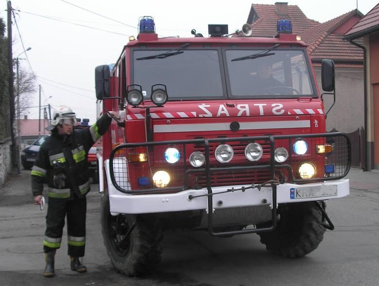Wzywając strażaków na interwencję trzeba informować również o kwarantannie lub objawach koronawirusa