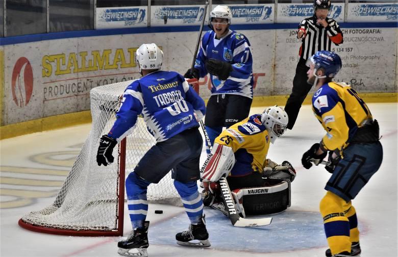 Re-Plast Unia Oświęcim pokonała Podhale Nowy Targ 6:1. To był hokejowy klasyk w sparingowym wydaniu.