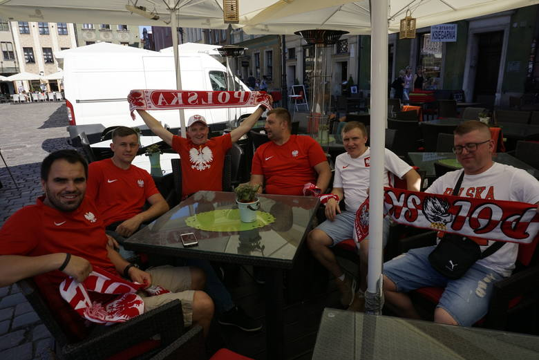 Kibice przed meczem Polska - Chile