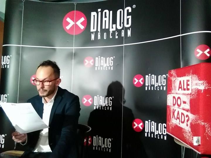 Tomasz Kireńczuk, kierownik programowy Dialogu: - Odbieram to działanie resortu jako próbę zastraszenia środowiska artystycznego w Polsce.