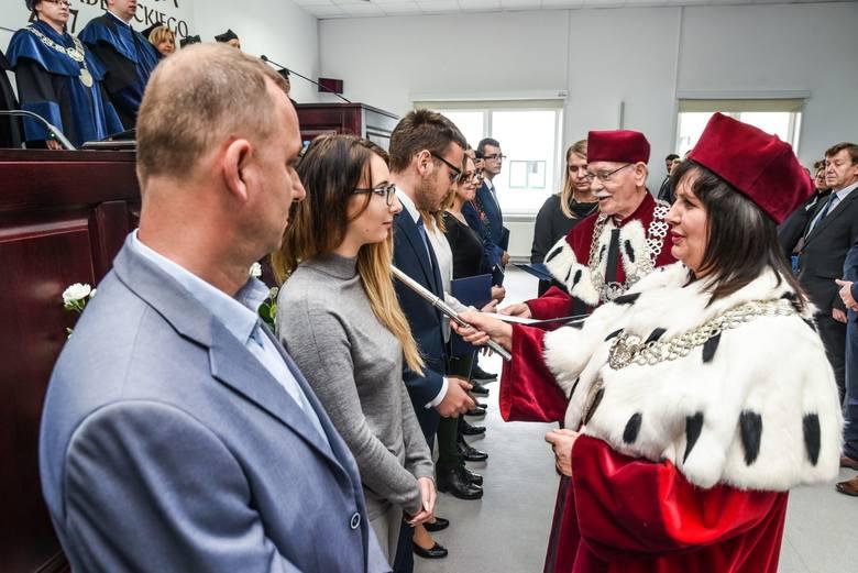 W KPSW w Bydgoszczy zainaugurowano nowy rok akademicki. Zobaczcie fotorelacje. INFO Z POLSKI 5.10.2017 - przegląd najciekawszych informacji ostatnich