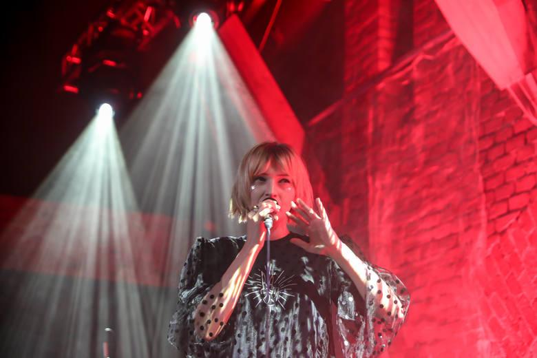 Mela Koteluk rozpoczęła w Krakowie trasę koncertową