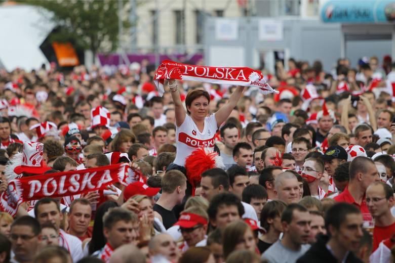 Na MŚ 2018 strefa kibica w Poznaniu ma powstać na MTP. Podczas Euro 2012 strefa mieściła się na placu Wolności. Ile wtedy zapłaciło za nią miasto? Czytaj