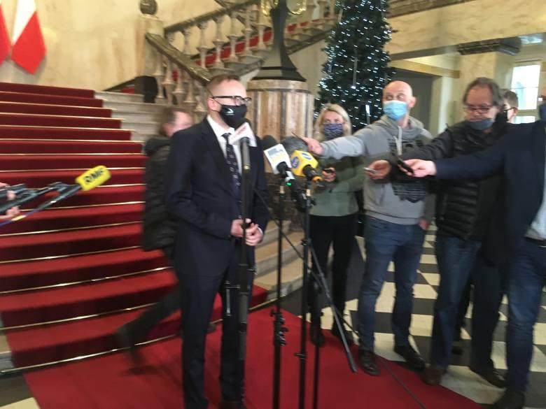 """Dominik Kolorz, prezes śląsko-dąbrowskiej """"Solidarności"""", powiedział, że związkowcy nie mają zamiarów w ogóle dyskutować na temat projektu"""