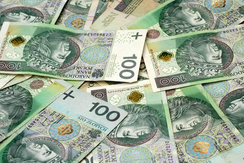 Wiemy już, kto w Polsce zarabia najwięcej! Oto wyniki Ogólnopolskiego Badania Wynagrodzeń 2020. Jedną z najlepiej zarabiających grup zawodowych w Polsce