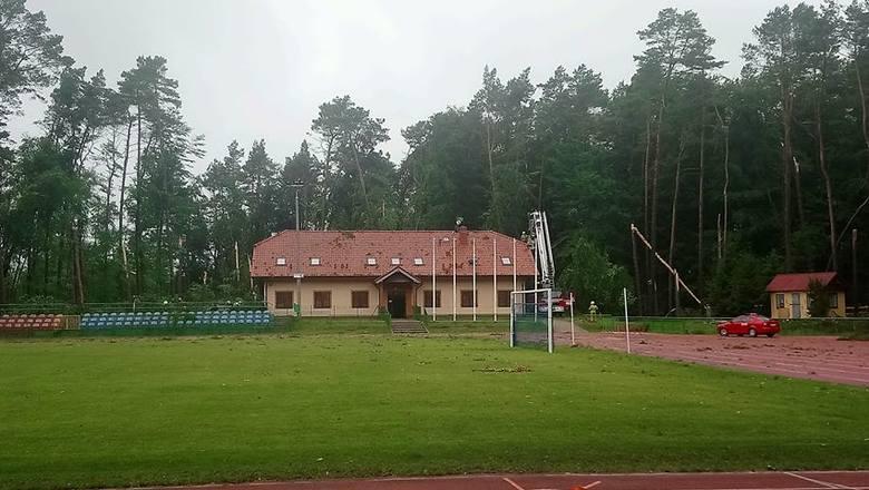 Stadion Miejski w Złocieńcu i okolice Jeziora Dłusko