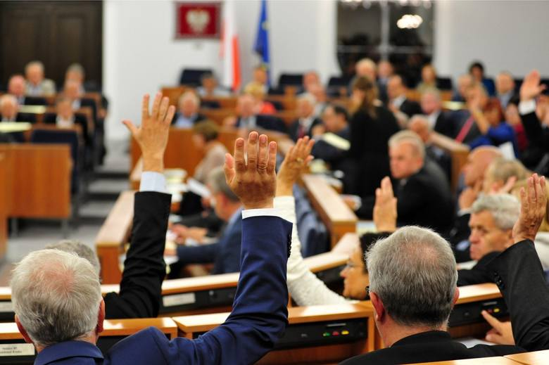 Wybory parlamentarne 2019. Senat jednak dla opozycji