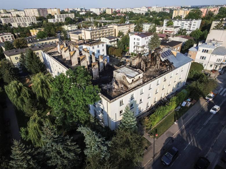 Zniszczony przez pożar DPS przy ul. Głowackiego w Lublinie