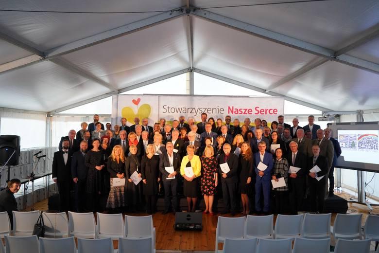 W środę w Szpitalu Klinicznym im. K. Jonschera odbyła się uroczystość zwieńczająca budowę Oddziału Kardiochirurgii Dziecięcej.