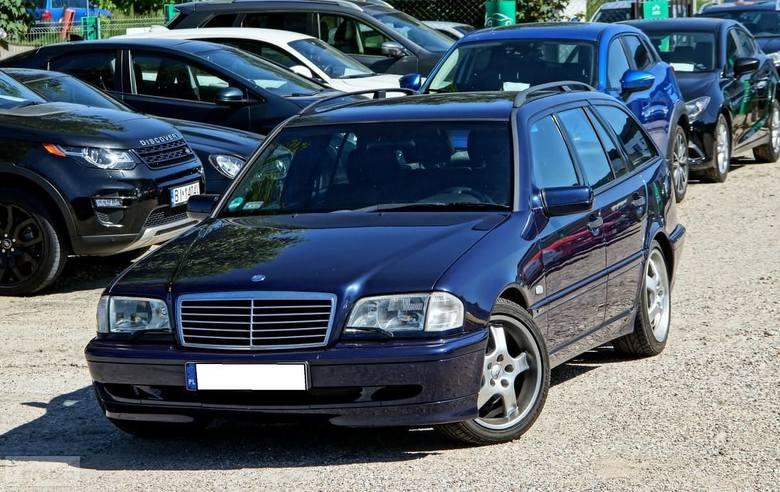 Mercedes-Benz Klasa C W202 240 2.4 170KM. Rok produkcji: 1999. Przebieg: 269400 km. Cena: 7 900 złLink do artykułu