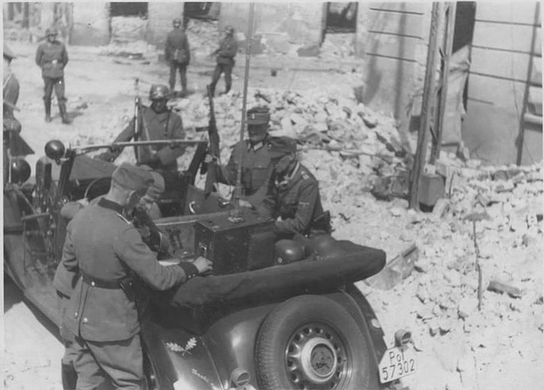 Niemcy na Zamenhofa 48