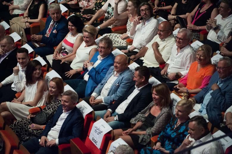 """Młodzi i Film 2019: Wielki Jantar dla filmu """"Moja polska dziewczyna"""" [zdjęcia, wideo]"""