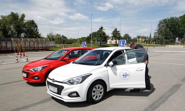 Na horyzoncie rewolucyjne zmiany. Ministerstwo Infrastruktury powraca do kwestii edukacji młodych kierowców.