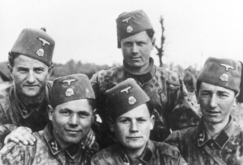 """Członkowie chorwackiej formacji Waffen-SS """"Handschar"""""""