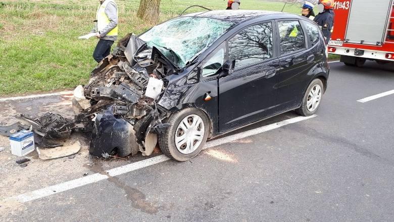 Do wypadku między Raduniem a Kaszewem doszło w środę, po godz. 14. - Z wstępnych ustaleń policjantów wynika, że 44-letni kierujący hondą nie upewnił