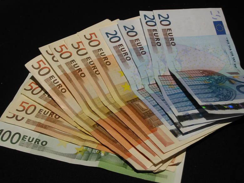 Panika przez Cypr. Oszczędności w polskich bankach są zagrożone?