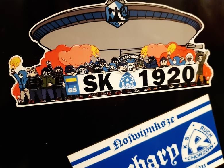 Magnes kibiców Ruchu Chorzów z Katowic.Zobacz kolejne zdjęcia. Przesuwaj zdjęcia w prawo - naciśnij strzałkę lub przycisk NASTĘPNE