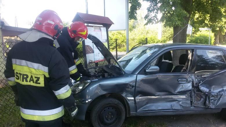 W Grabiku zderzyły się dwa samochody.