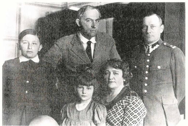 Witkacy oraz sądeczanie, u których gościł: Franciszek, Helena, Jerzy i Jadwiga Maciakowie