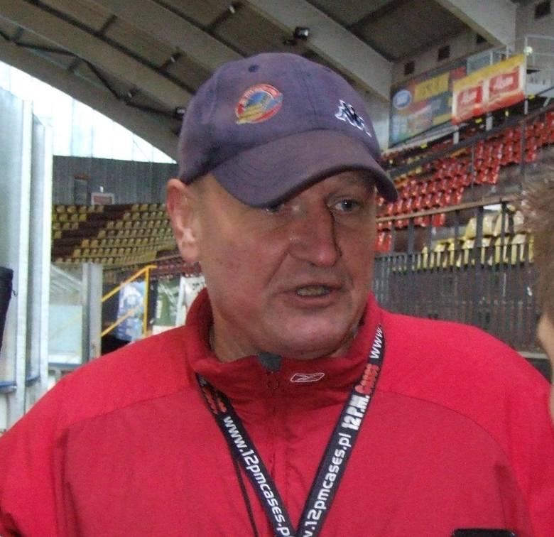 JOSEF DOBOSZ, trener Unii.