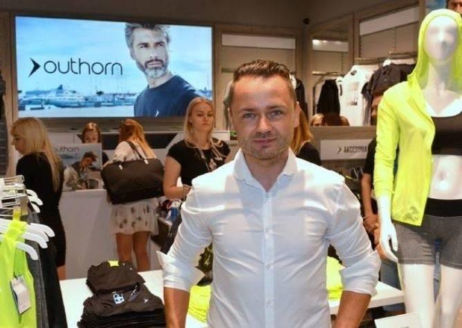 Robert Lewandowski zatrudniony przez przedsiębiorcę z Kielc. Piłkarz twarzą marki 4F